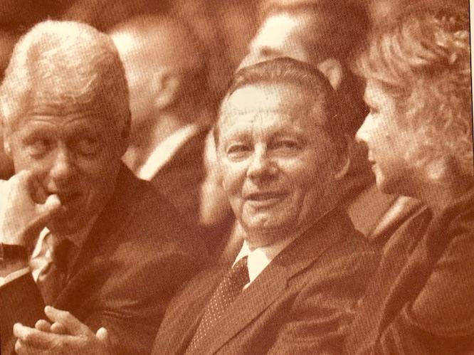 Obr.: Rudolf Schuster s americkým prezidentom Billom Clintonom